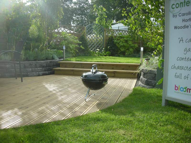 Split level garden hayes ryan landscape architects for Small split level garden ideas